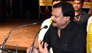 लोक निर्माण मंत्री श्री सज्जन सिंह वर्मा ने आज भोपाल के रविन्द्र भवन में विश्व आदिवासी दिवस पर हुए समारोह को संबोधित किया।