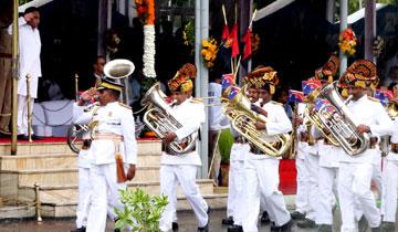 मुख्यमंत्री श्री कमल नाथ ने स्वतंत्रता दिवस मुख्य समारोह में परेड की सलामी ली।