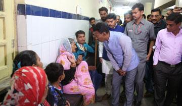 लोक स्वास्थ्य एवं परिवार कल्याण मंत्री श्री तुलसीराम सिलावट ने जे.पी. हॉस्पिटल का औचक निरीक्षण कर मरीजों से स्वास्थ्य सुविधाओं की जानकारी प्राप्त की।#$55185